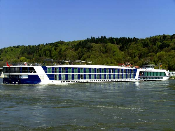 Amadagio | AMAWATERWAYS