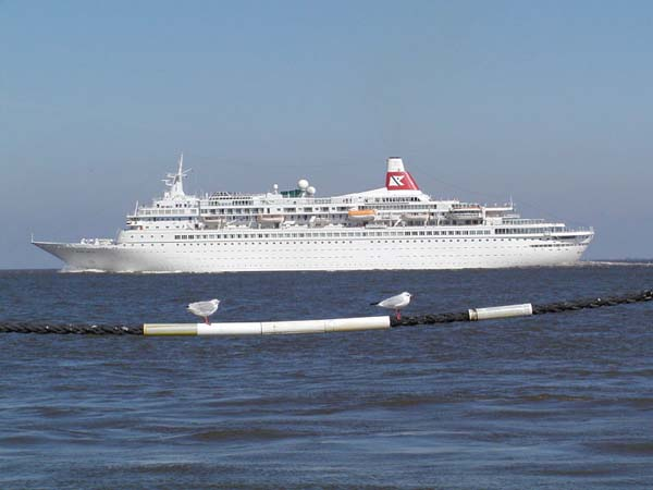 Black Watch   Fred Olsen Cruise Lines
