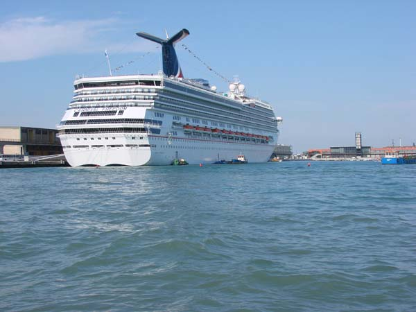 Carnival Freedom | Carnival Cruise Lines