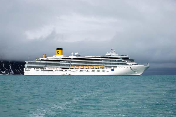 Costa Luminosa | Costa Cruises