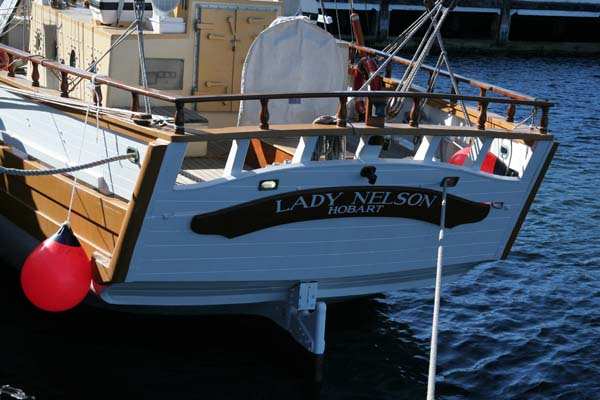 Lady Nelson |