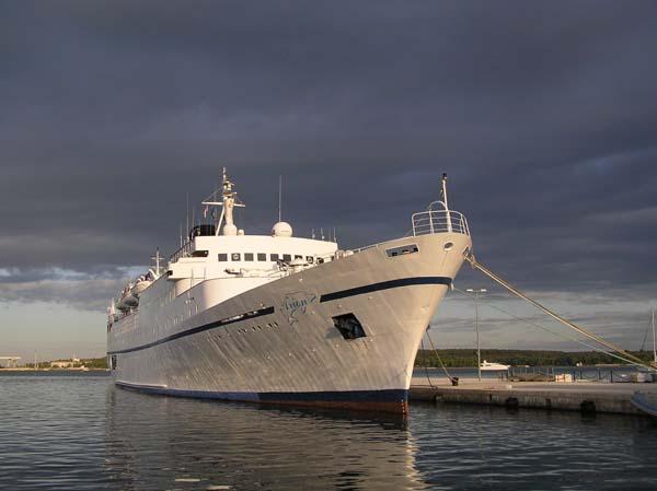 Arion   Classic International Cruises