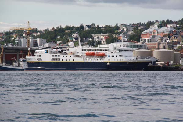 National Geographic Explorer   Lindblad Expeditions