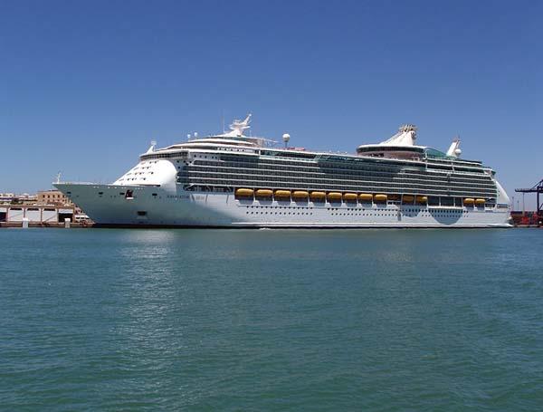 Navigator of the Seas | Royal Caribbean International