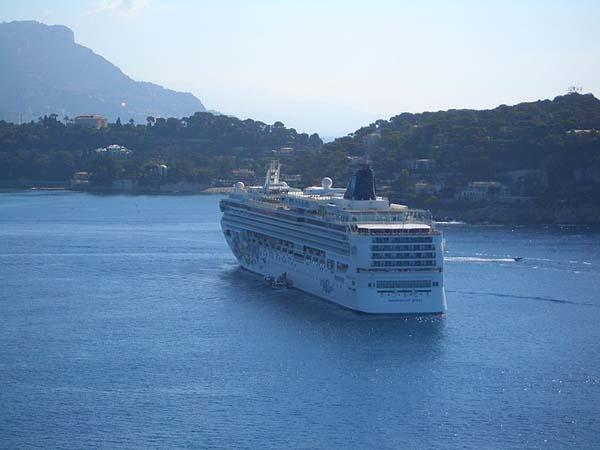 Norwegian Jewel | Norwegian Cruise Line (NCL)