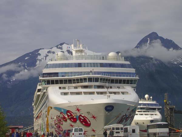 Norwegian Pearl | Norwegian Cruise Line (NCL)