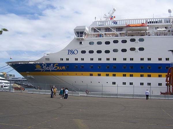 Pacific Sun   P&O Cruises Australia