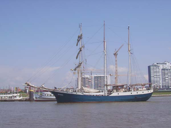 Antigua | Tall Ship Company
