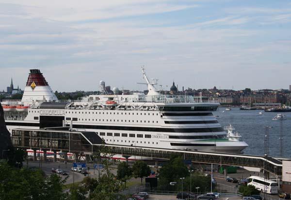 Cinderella | Viking Line
